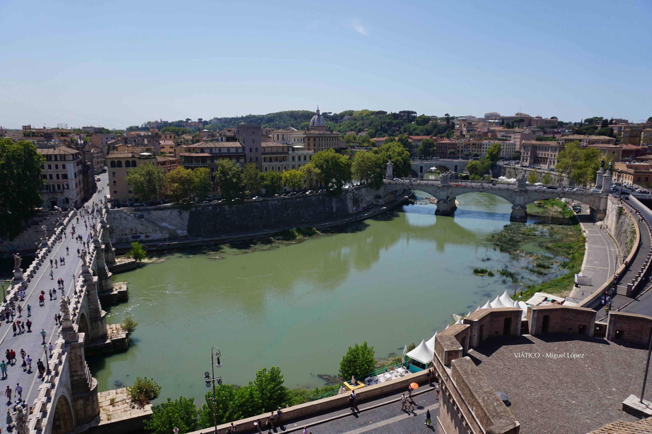 Vistas sobre el Río Tiber