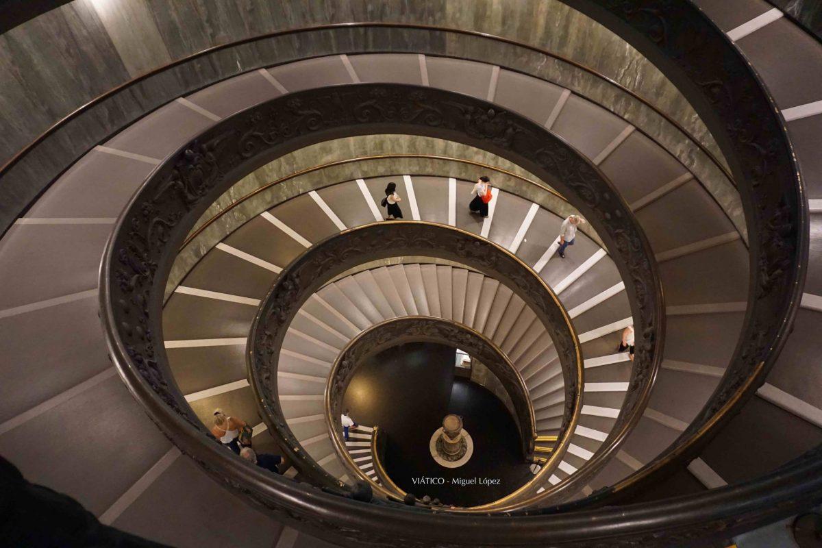 Escalera en espiral. Museos Vaticanos